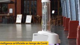 Robot anti-Covid - Gare Saint-Pancras (Londres) (Capture d'écran franceinfo)