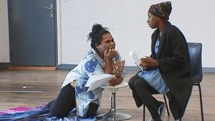 Dix élèves utramarins suivent au théâtre de l'Union de Limoges une préparation aux concours d'art dramatique des écoles de métropole  (France 3 / Culturebox)