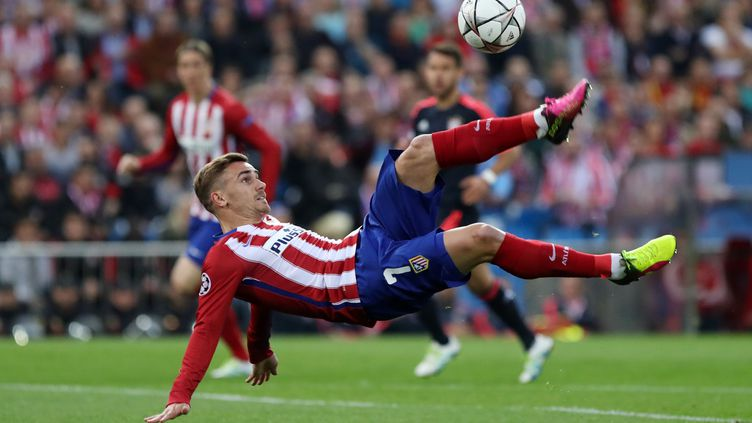 Antoine Griezmann (Atletico Madrid) à l'horizontale  (CESAR MANSO / AFP)