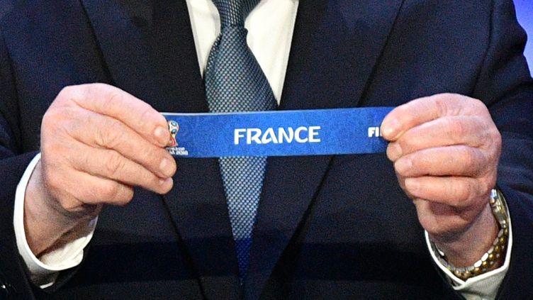 Photo d'illustration du tirageau sort dupremier tour de la Coupe du monde 2018. (MLADEN ANTONOV / AFP)
