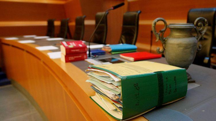 (Le procès de Bernadette Dimier, devant les assises de l'Isère. ©MaxPPP)