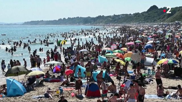 Royaume-Uni : du monde sur les plages avant même la fin du déconfinement