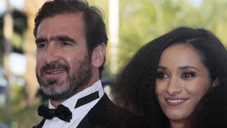 Eric Cantona et Rachida Brakni le 18 mai 2009 à Cannes  (François Guillot / AFP)