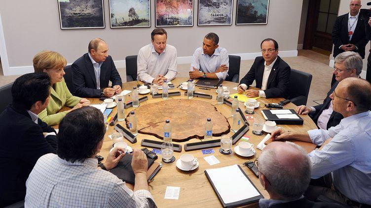 Les membres du G8 réunis àEnniskillen (Irlande du Nord), le 18 juin 2013. ( REUTERS)