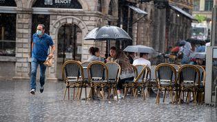 Un orage s'abat sur Lille (Nord), le 4 juin 2021. (MAXPPP)