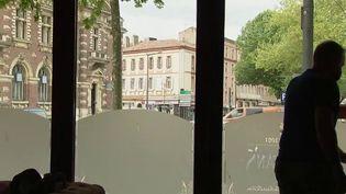 Déconfinement : de nombreux questionnements avant la réouverture des hôtels et restaurants (France 3)