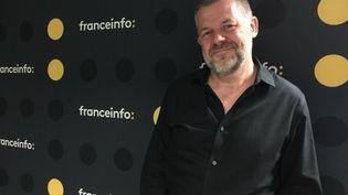 """Le critique et animateurÉric Naulleau, auteur de """"Quand la coupe déborde"""". (RADIO FRANCE / SOPHIE BRIA)"""
