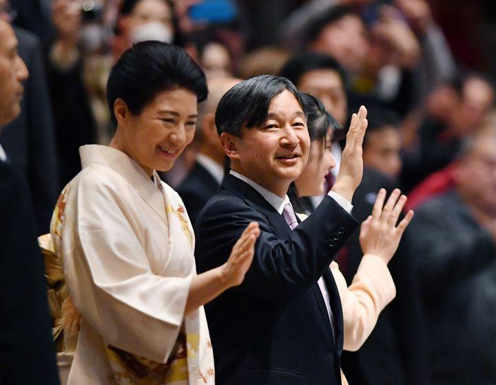 L'empereur Naruhito et l'impératrice Masako, le 25 janvier 2020, à Tokyo. (KENJI SHIMIZU / YOMIURI)