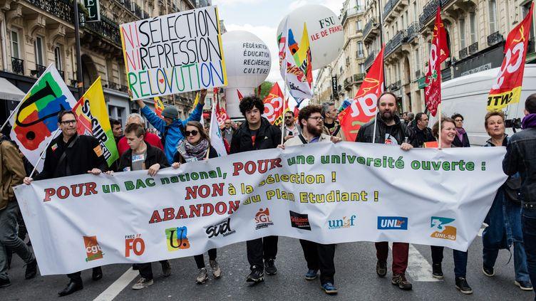 Manifestation de lycéens contre la loi Vidal, la réforme du bac et la sélection à l'entrée des universités, à Paris, le 10 avril 2018. (MAXPPP)