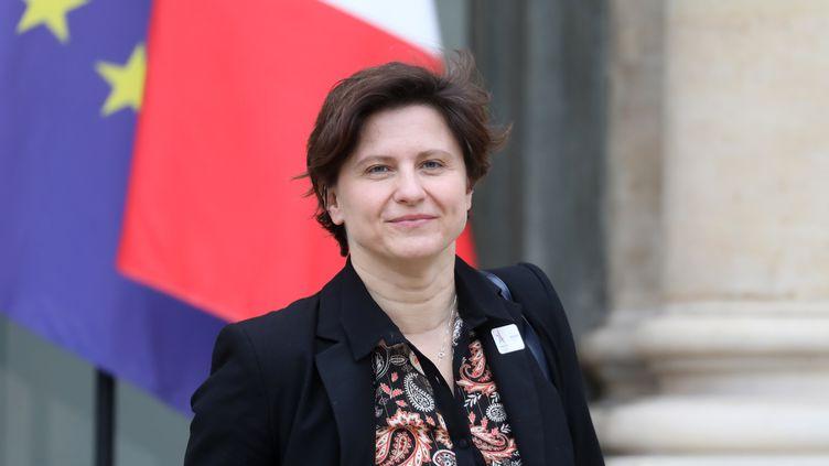 La ministre des Sports Roxana Maracineanu sort du Conseil des ministres à l'Elysée, le 6 février 2019. (LUDOVIC MARIN / AFP)