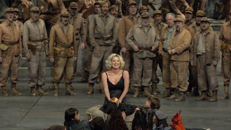 Carmen, Anna Caterina Antonacci  (Opéra national de Paris/Charles Duprat)