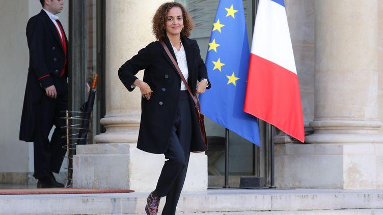 L'auteure franco-marocaine Leïla Slimani après une rencontre avec le président de la République, Emmanuel Macron, le 6 novembre 2017 à l'Elysée, à Paris. (LUDOVIC MARIN / AFP)