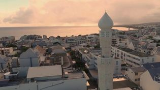 Un minaret à La Réunion (CAPTURE ECRAN FRANCE 2)
