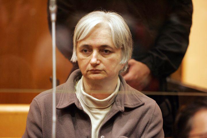 Monique Olivier lors de son procès, le 29 mai 2008 à Charleville-Mézières (Ardennes). (FRANCOIS NASCIMBENI / AFP)