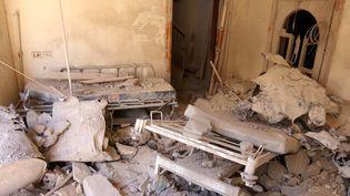 Une chambre d'hôpital détruite par un bombardement à Alep (Syrie), le 1er octobre 2016. (ABDALRHMAN ISMAIL / REUTERS)