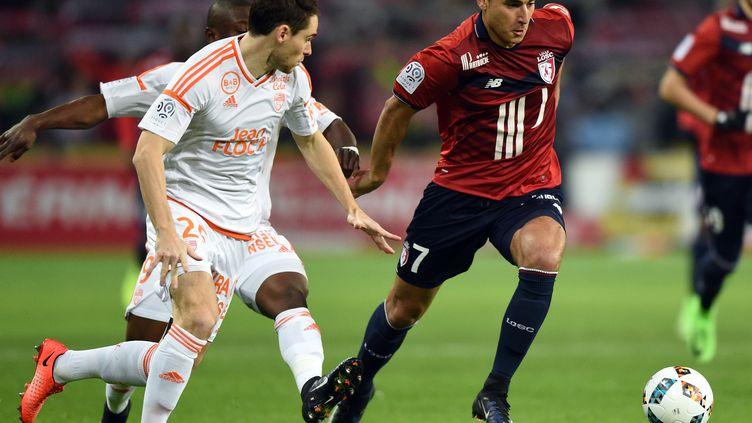 Titulaire face à Lorient, Anwar El Ghazi fait partie des recrues phares de l'hiver lillois (DENIS CHARLET / AFP)
