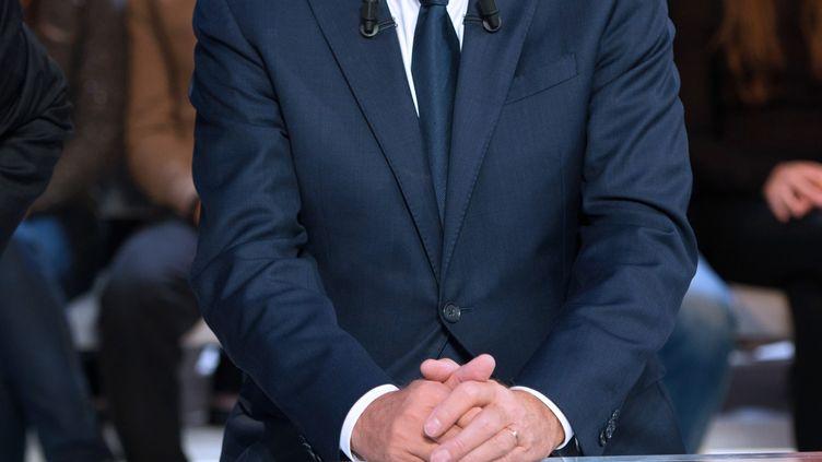 Le Premier ministre, Jean-Marc Ayrault, sur le plateau de France 2, le 27 septembre 2012. (BERTRAND LANGLOIS / AFP)