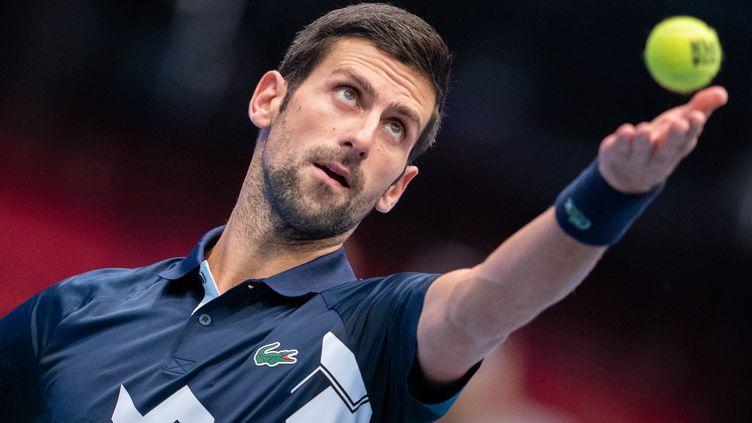 Novak Djokovic est en course pour décrocher un sixième Masters et pourrait égaler le record de Roger Federer. (GEORG HOCHMUTH / APA)