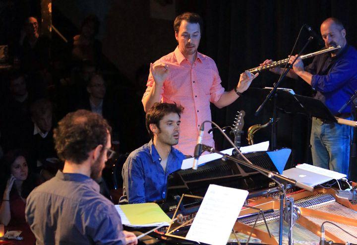 Ping Machine en concert au Studio de l'Ermitage, à Paris, le 10 octobre 2016. De gauche à droite : Stephan Caracci (marimba), Paul Lay (piano), Frédéric Maurin (direction), Florent Dupuit (flûte traversière)  (Catherine Ledrux)