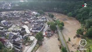 Une ville inondée en Allemagne. (France 2)