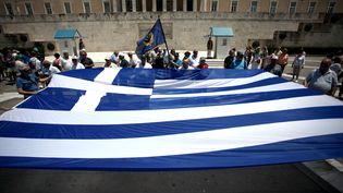 Des manifestants qui protestent contre la politique d'austérité en Grèce (GIORGOS GEORGIOU / NURPHOTO)