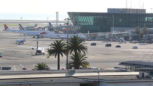 L'aéroport de Nice (Alpes-Maritimes). (VALERY HACHE / AFP)