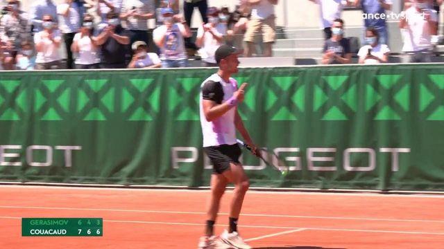 1er tour : Couacaud balaye Gerasimov en trois sets