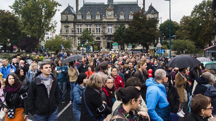 Marche blanche à Pantin (Seine-Saint-Denis) en hommage à Christine Renon, le 5 octobre 2019. (MAXPPP)