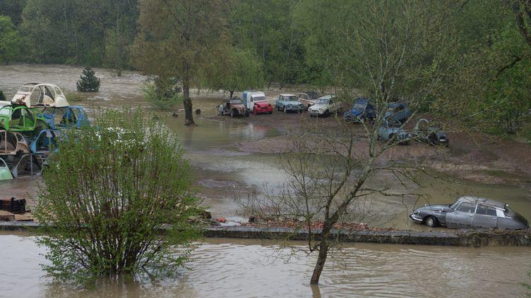 Crue au pont de Chevigny (Côte-d'Or), le 4 mai 2013. (MAXPPP)