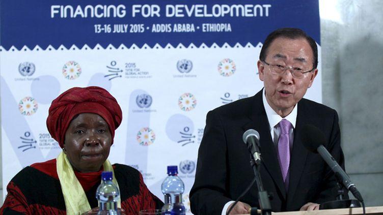 (Le secrétaire général de l'ONU Ban Ki-Moon en Ethiopie lors de la présentation du rapport de l'ONUSIDA © Tiksa Negeri/Reuters)