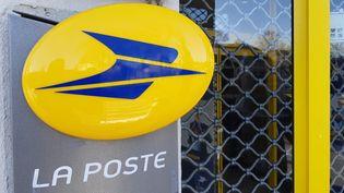 La poste traite de moins en moins de courriers. (NICOLAS BLANZAT / FRANCE-BLEU LIMOUSIN)