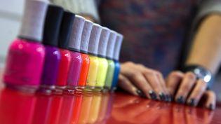 Differents coloris de vernis à ongles. (JAIME REINA / AFP)