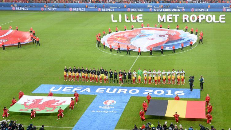 Avant le match pays de Galles-Belgique, le 1er juillet 2016 à Lille. (DENIS CHARLET / AFP)