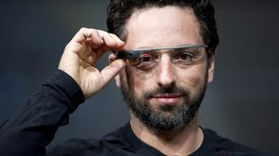 Sergey Brin, co-fondateur de Google, présente les Google Glasses à San Francisco (Etats-Unis), le 27 juin 2012. (BLOOMBERG  / GETTY)