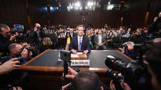 Mark Zuckerberg, PDG de Facebook, avant son audition devant le Sénat américain, à Washington, le 10 avril 2018. (JIM WATSON / AFP)