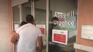 Une décision radicale a été prise à Sisteron (Alpes-de-Haute-Provence) : faute de personnel, les urgences seront fermées la nuitjusqu'à la fin de l'été. (FRANCE 2)