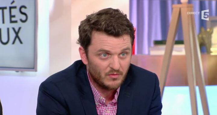 David Thomson, le 24 mars 2016, sur le plateau de l'émission C à vous sur France 5. (FRANCE 5 / FRANCETV INFO)