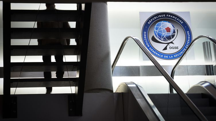 Dans les locaux du siège parisien de la DGSE. (MARTIN BUREAU / AFP)