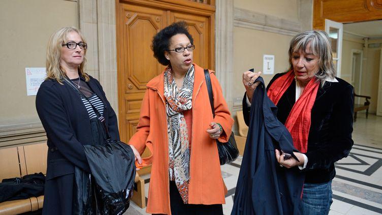 Prisca Ligeron, Lydia Naval and Anne Lafitte, trois ex-clodettesau tribunal de Grande Instance de Paris vendredi 24 mai 2013 (ERIC FEFERBERG / AFP)
