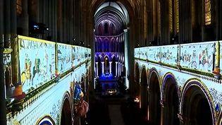 La Tapisserie de Bayeux revient décorer les arcades de la Cathédrale plus de deux siècles après l'avoir quittée  (France3/Culturebox)