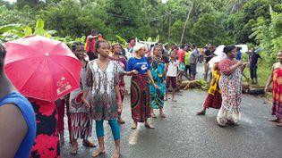 La commune de Bandrélé à Mayotte, à la pointe de la grève pour l'égalité réelle, le 6 avril 2016. (MAYOTTE 1ERE)