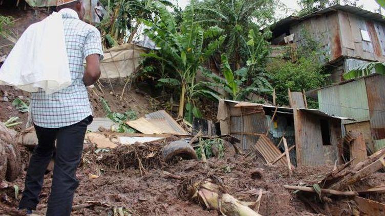 Une coulée de boue dans un bidonville à Mayotte a fait cinq morts cette semaine sur l'ïle.  (ORNELLA LAMBERTI / AFP)
