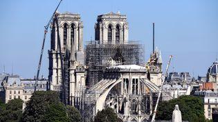 La cathédrale Notre-Dame de Paris, le 9 juillet 2019, près de trois mois après l'incendie qui a ravagé sa flèche et sa toiture. (BERTRAND GUAY / AFP)