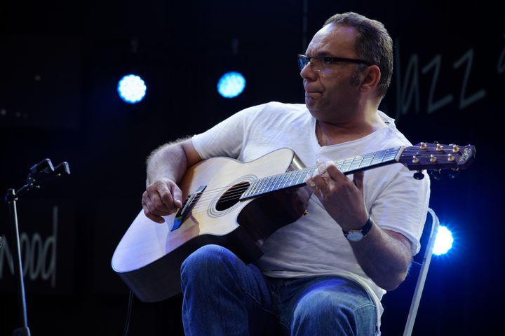 Bireli Lagrène, virtuose de la guitare  (Pierre Corvaisier)
