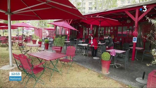 Déconfinement : une demi-jauge en terrasse des bars, cafés et des restaurants