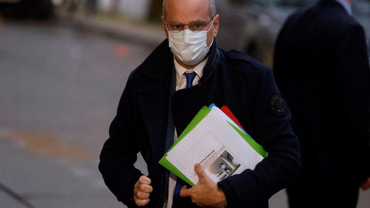 Le ministre de l'Education nationale, Jean-Michel Blanquer, à Paris, le 27 octobre 2020. (LUDOVIC MARIN / AFP)