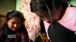 Ruma, victime des trafiquants d'enfants quiremplissent de faux orphelinats au Népal (FRANCE 2 / FRANCETV INFO)