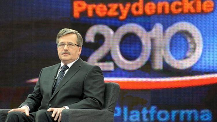 Le président du parlement polonais Bronislaw Komorowski, président par intérim et candidat à la présidentielle de 2010 (AFP/JANEK SKARZYNSKI)