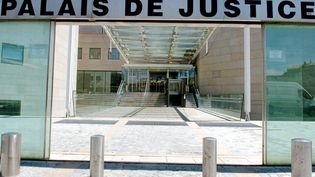 Palais de justice d'Avignon (Vaucluse), le 10 janvier 2014. (Photo d'illustration) (MAXPPP)