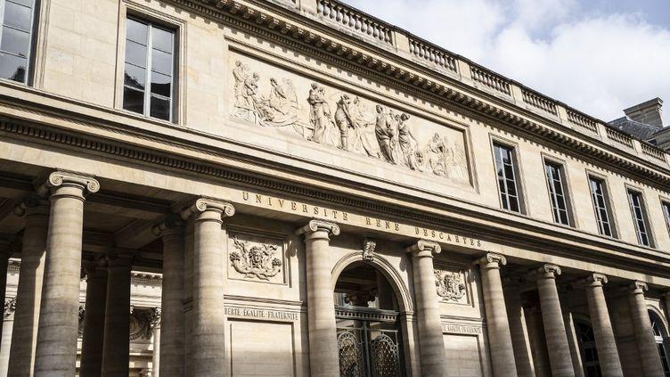 L'université Paris-Descartes, dans le 6e arrondissement de Paris, le 21 mars 2021. (LAURE BOYER / HANS LUCAS / AFP)